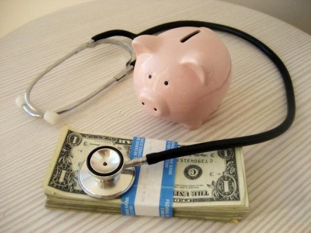 В каком случае оплата больничного производится за счет работодателя
