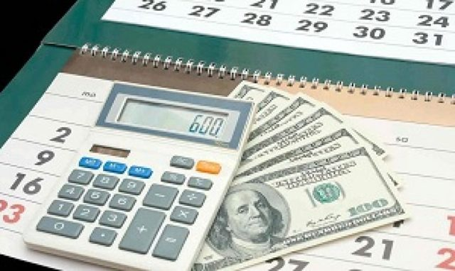Как рассчитать зарплату после отпуска при полном и неполном расчетном периоде