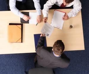 Грамотное заверение трудовой книжки для банка: последовательность действий и образец