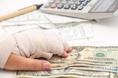 Производственная травма на производстве: виды, кто должен и сколько платить