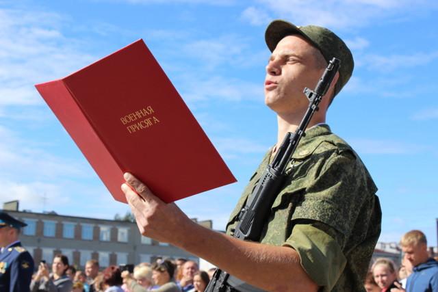 Увольнение в связи с призывом в армию и все об особенностях процедуры в разных ситуациях