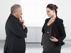 Права женщин в трудовых отношениях: может ли работодатель уволить декретницу по своей инициативе
