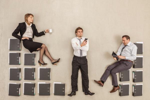 Как выполняются перевод и перемещение работника, в чём отличия между ними