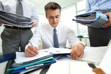 Виды материальной ответственности работника перед работодателем и порядок возмещения ущерба