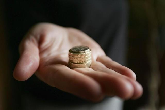 Из чего состоит заработная плата работников: основные составляющие выплат