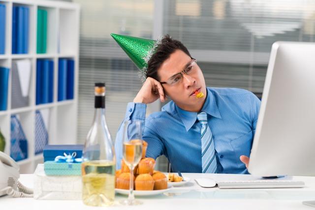 Оплата праздничных дней при сменном графике работы, ее расчет и спорные ситуации