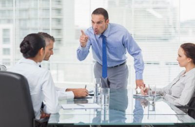 Порядок увольнения и производства расчетов с сотрудником: этапы, оформление, ответственность за нарушения