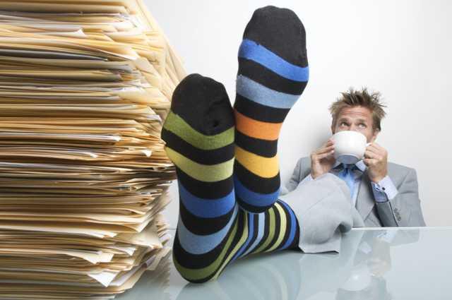 Виды времени труда и отдыха,  регламентированные ТК РФ и правила их установления
