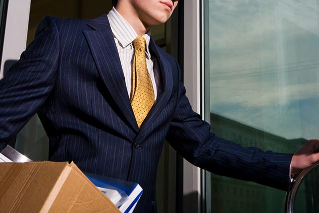 Заявление на увольнение по собственному желанию без отработки: как правильно составить и образец