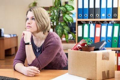 В каких случаях и можно ли работать по двум трудовым книжкам?
