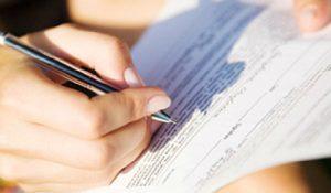 Увольнение матери-одиночки по инициативе работодателя: процедура и выплаты