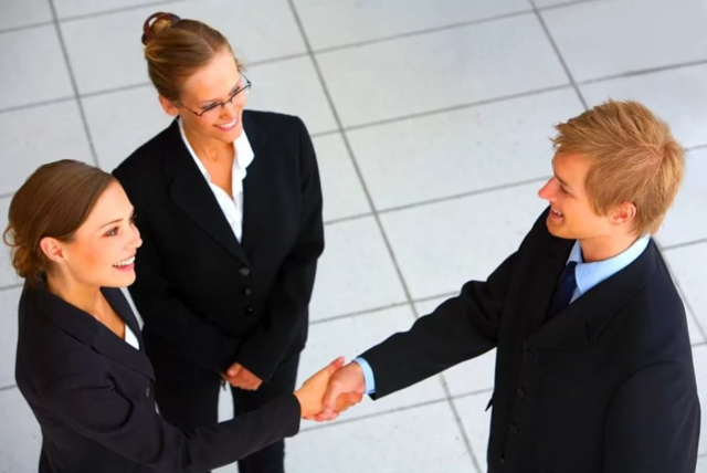 Основные права и обязанности работника и работодателя в трудовых отношениях
