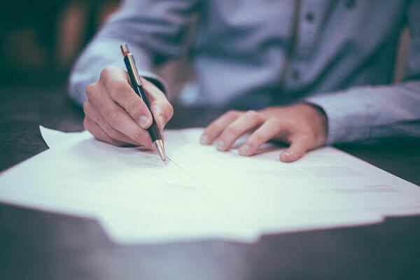 Ежегодный дополнительный оплачиваемый отпуск за вредные условия труда: общий механизм получения