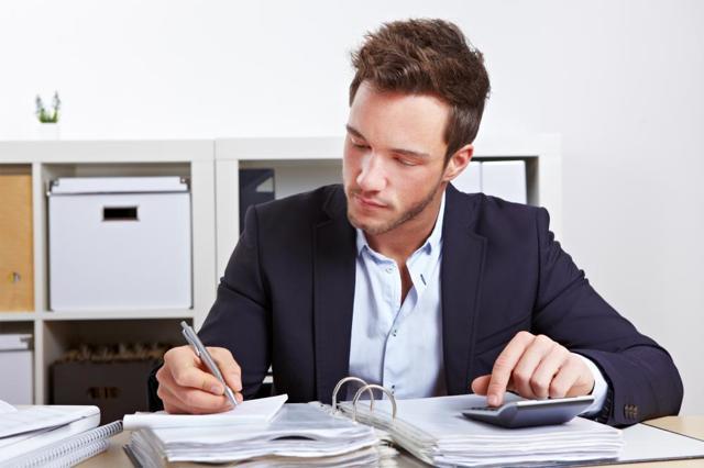 Какие бывают трудовые договора с работниками: понятие, разновидности, обязательные пункты