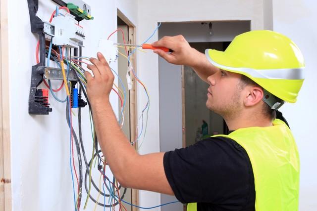 Пересмотр инструкций по охране труда: для чего необходим и какая периодичность?