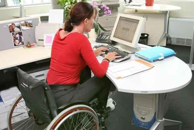 Работа для инвалида 2 группы и как на нее устроиться