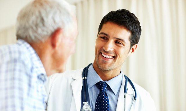 Сколько месяцев оплачивается больничный лист и как часто можно его оформлять