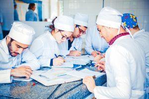 Для чего нужен непрерывный трудовой стаж, какое значение придается ему в настоящее время